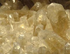גבישים בבלוטת האצטרובל